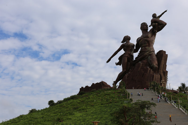 African Renaissance Monument_iefimerida.jpg