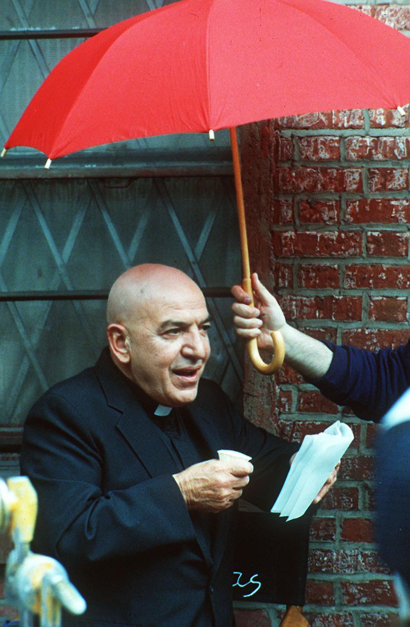 O Tέλι Σαβάλας σε γυρίσματα / AP Images