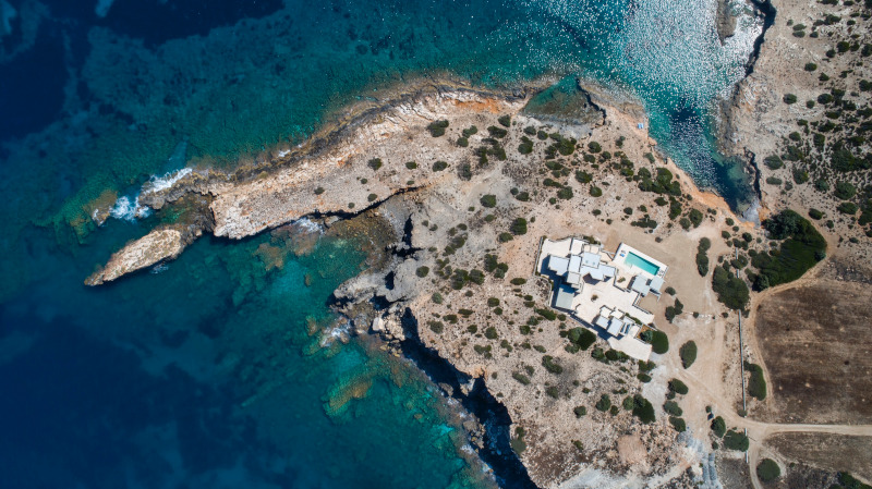 aerofotografia-greece-sothebys-international-realty-paros-secret-cape.jpg