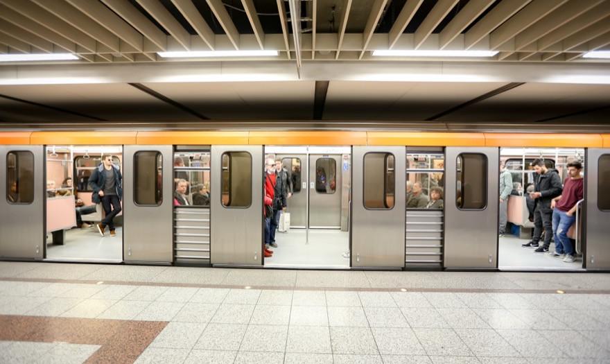 Εκτός λειτουργίας βγήκαν 4 στα 10 τρένα του Μετρό